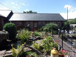 Birch cottage at Pentre farm Usk country cottages - Usk vacation rentals