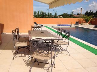 Nice House with Internet Access and Private Outdoor Pool - Senas vacation rentals