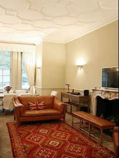 Chelsea- 2 Bedroom- 2 Bath (3626) - London vacation rentals
