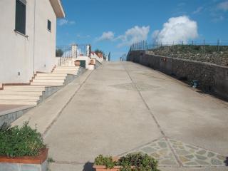Perfect 3 bedroom Ciminna Villa with Parking Space - Ciminna vacation rentals