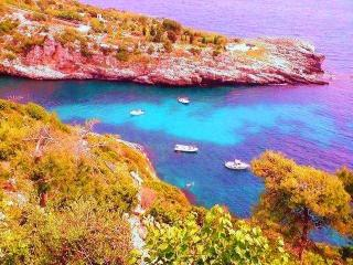 VILLA GIRASOLI SUNFLOWERS  charming villa in a bay - Puglia vacation rentals