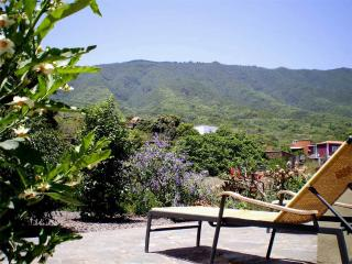 2 bedroom Cottage with Central Heating in Brena Alta - Brena Alta vacation rentals