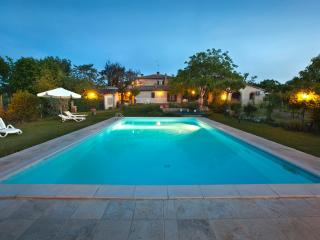 Beautiful 7 bedroom Farmhouse Barn in Montepulciano - Montepulciano vacation rentals