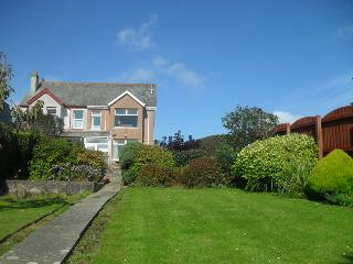 Earlshall Close to town centre - Newquay vacation rentals