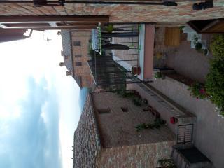 Cozy 2 bedroom Condo in Asciano - Asciano vacation rentals