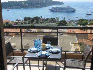Luxury 2 bedroom apartment in Villefranche-en-Sur - Villefranche-sur-Mer vacation rentals