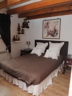 Nice House with Internet Access and Swing Set - Beychac-et-Caillau vacation rentals