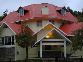 4 bedroom B&B with Internet Access in Kodaikanal - Kodaikanal vacation rentals