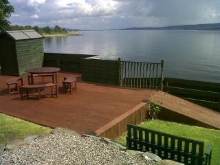 Comfortable 2 bedroom Bungalow in Kilcreggan - Kilcreggan vacation rentals