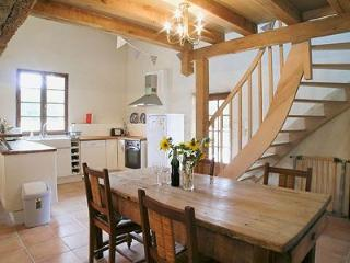 Beautiful 4 bedroom Gite in Nontron - Nontron vacation rentals
