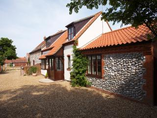 The Luxurious Stable Cottage near Cromer - East Runton vacation rentals