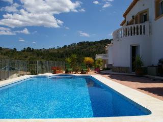Lovely 3 bedroom Villa in Benidoleig - Benidoleig vacation rentals