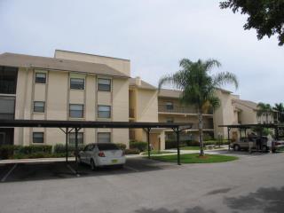 Vacation Condo at Cross Creek #9 - Fort Myers vacation rentals