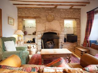 Perfect 2 bedroom Vacation Rental in Stow-on-the-Wold - Stow-on-the-Wold vacation rentals