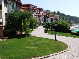 2 bedroom Apartment with Water Views in Sveti Vlas - Sveti Vlas vacation rentals