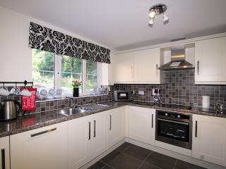 Lovely 3 bedroom House in Cinderford - Cinderford vacation rentals