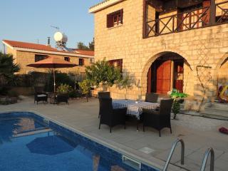 2 bedroom Villa with Internet Access in Polemi - Polemi vacation rentals
