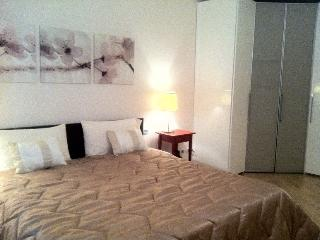 1 bedroom Apartment with Internet Access in Bergamo - Bergamo vacation rentals