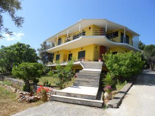 Comfortable Condo with Internet Access and Garden - Tsoukalades vacation rentals