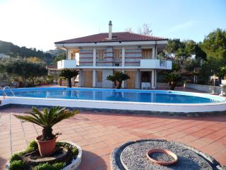 VILLACHARMING Gigantic Private Pool with breathtaking views! - Taormina vacation rentals