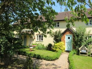 Charming 2 bedroom Cottage in Stowmarket - Stowmarket vacation rentals