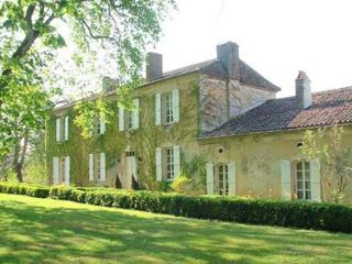 Lamarque - secluded and romantic 18th-century manor house - Montreal-du-Gers vacation rentals