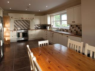 Armoy Country Cottage Close to Giants Causeway - Armoy vacation rentals