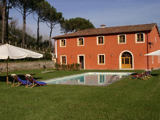 Park Lake Villa (v009) - Capannori vacation rentals