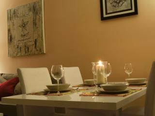 2 bedroom Condo with Internet Access in Seville - Seville vacation rentals
