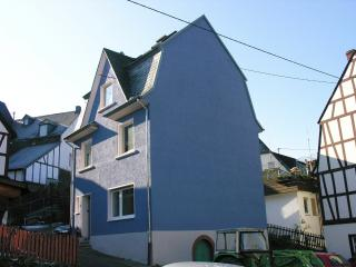 The Blue House - Enkirch vacation rentals