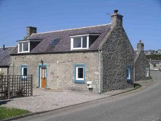 2 bedroom Cottage with Internet Access in Lossiemouth - Lossiemouth vacation rentals