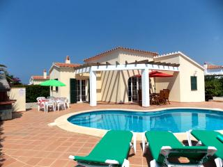 Lovely 3 bedroom Cala'n Porter Villa with A/C - Cala'n Porter vacation rentals