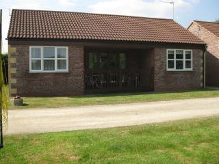 Lovely 2 bedroom Bungalow in Devizes - Devizes vacation rentals