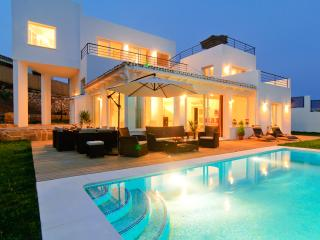 Villa in El Rosario with sea views, private pool - Marbella vacation rentals