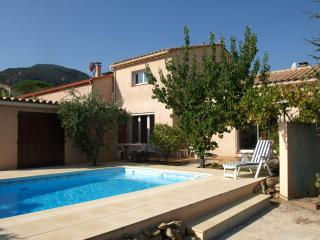 Laroqueholidayvilla: Villa with own Heated Pool - Laroque des Alberes vacation rentals