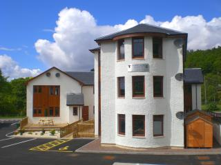 Nice 2 bedroom Banavie Apartment with Internet Access - Banavie vacation rentals