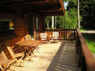 woodpecker Lodge nr85, Kenwick Woods, Louth, Lincolnshire LN11 8NP - Louth vacation rentals