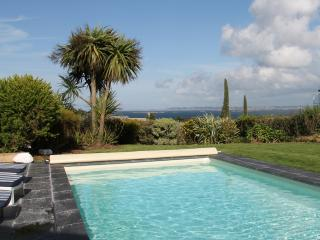Bright 5 bedroom Villa in Roscoff - Roscoff vacation rentals