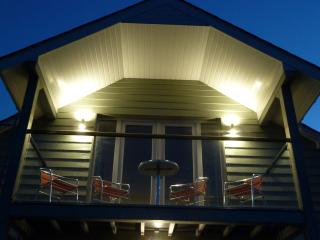 Quality cottage. the Plucking Barn at Winllan Farm - Lampeter vacation rentals