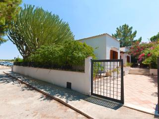 Villa at 50 meters to the beach - VILLA IPPOLITA - Macari vacation rentals