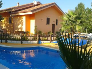Villa Claudia  - private pool, WI-FI, beach 10 km - Gallipoli vacation rentals