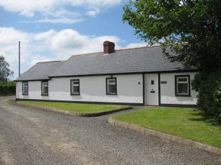 CLONMOOR----a country cottage. with its own garden - Antrim vacation rentals