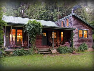 Cozy 2 bedroom Cottage in Kangaroo Valley - Kangaroo Valley vacation rentals