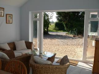 Perfect Bungalow with Internet Access and Dishwasher - Briston vacation rentals