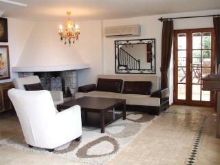 Bright 3 bedroom Villa in Kalkan with Internet Access - Kalkan vacation rentals
