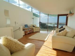 2 bedroom Condo with Internet Access in Westward Ho - Westward Ho vacation rentals