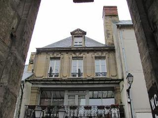 Bright Bayeux Apartment rental with Internet Access - Bayeux vacation rentals