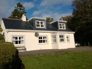 Nice Cottage with Internet Access and Satellite Or Cable TV - Girvan vacation rentals