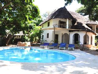4 bedroom Villa with Balcony in Galu - Galu vacation rentals
