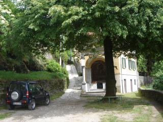 Beautiful 2 bedroom Faggeto Lario Villa with Internet Access - Faggeto Lario vacation rentals